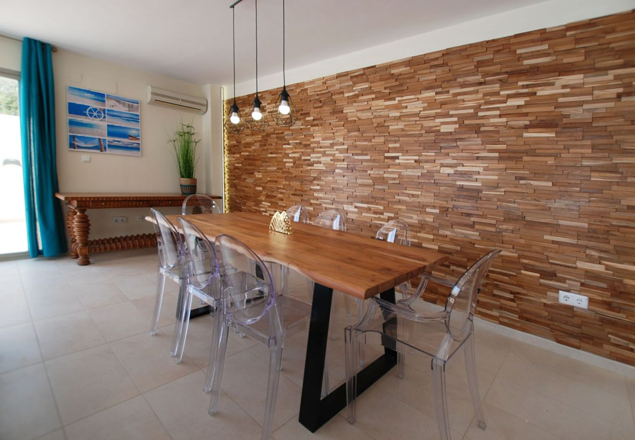Chalet in Cullera - Villa by the sea with private pool
