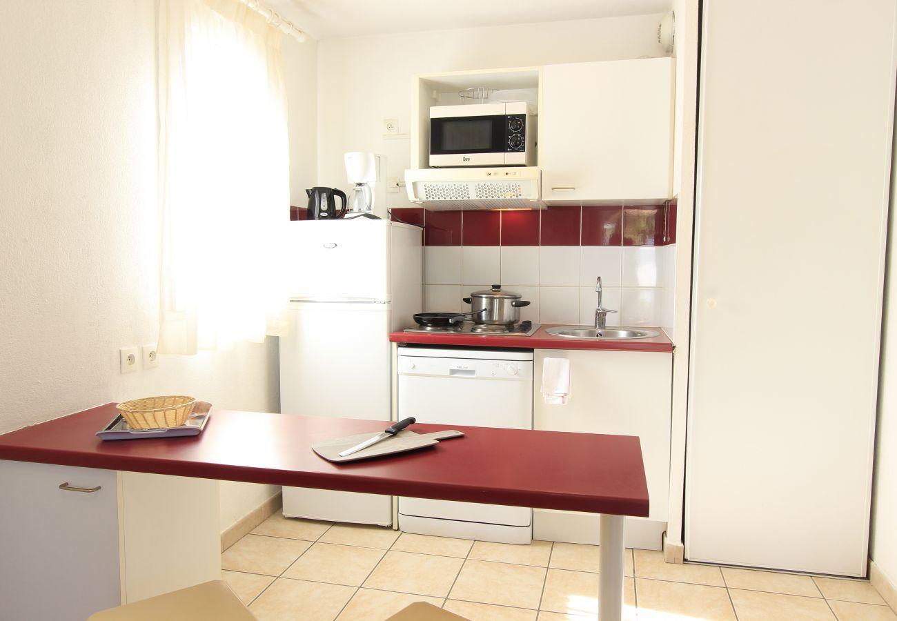 House in Castries - CASTRIES - LE MAS DES CIGALES - VILLA 4/6 PERSONNES