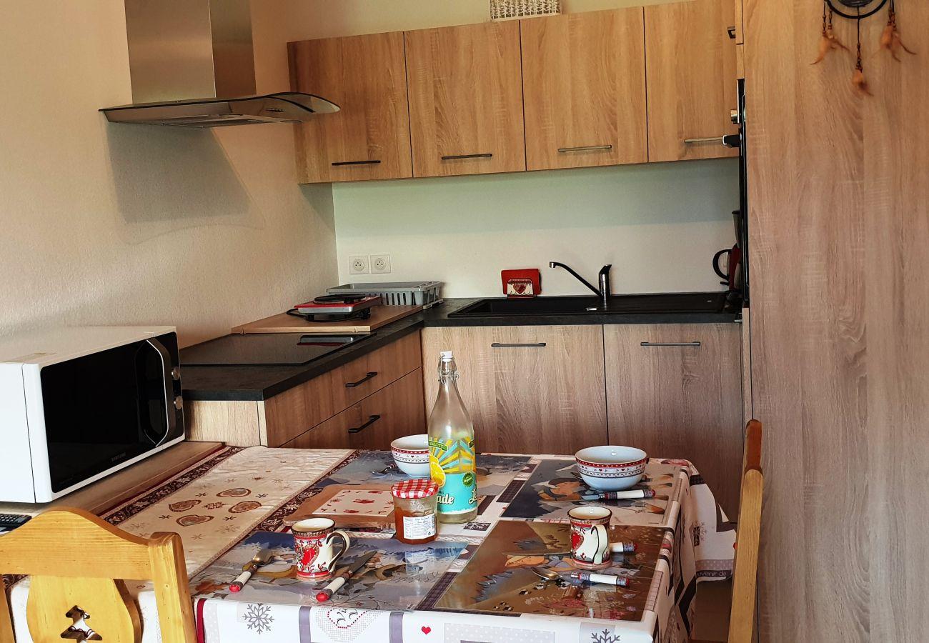 Apartment in Le Dévoluy - LA JOUE DU LOUP - LES MELEZES DES CHAUMATES 2 PIECES 4 PERSONNES
