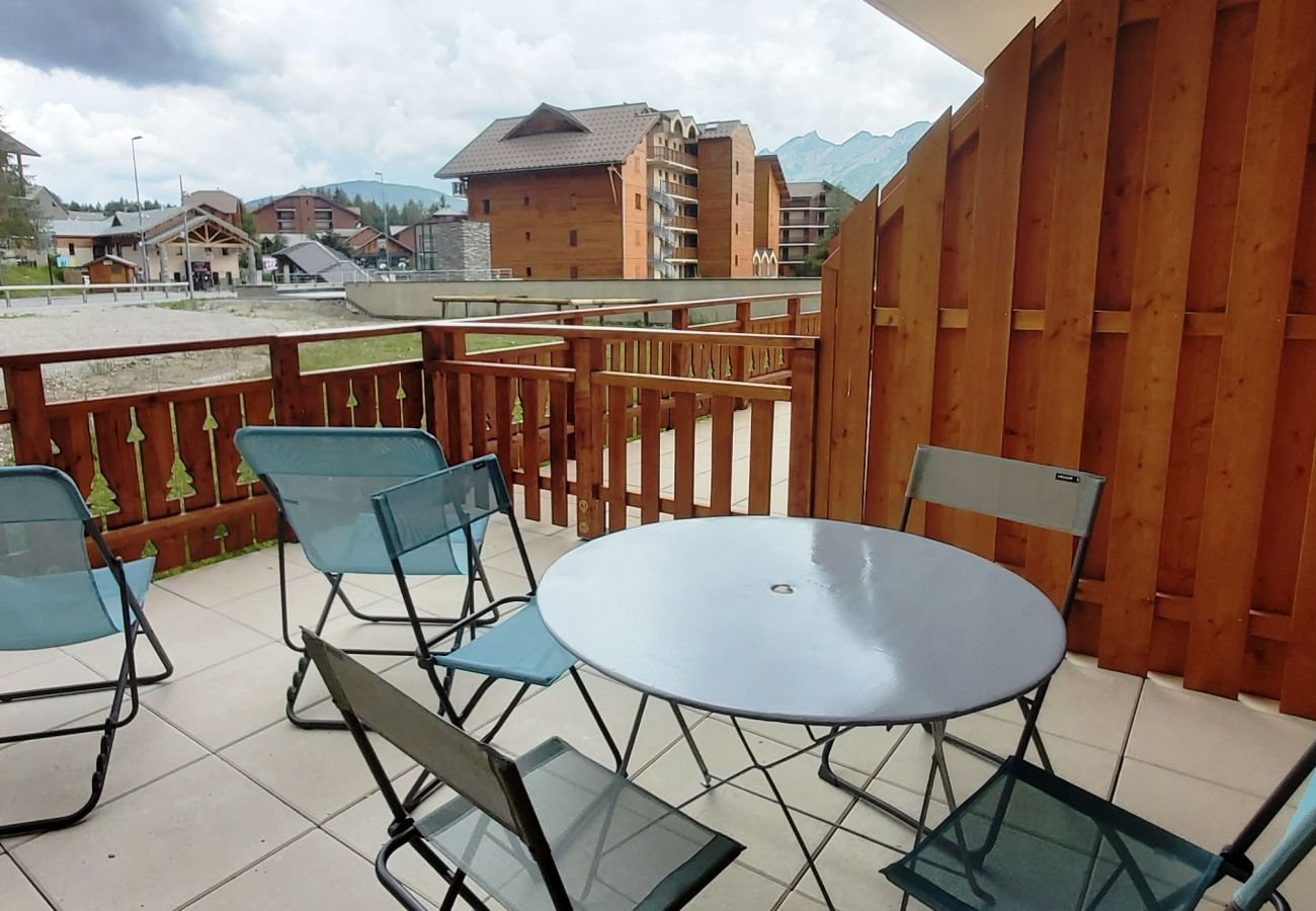 Apartment in Le Dévoluy - LA JOUE DU LOUP - CHAMOIS 1 - 2 PIECES 4 PERSONNES