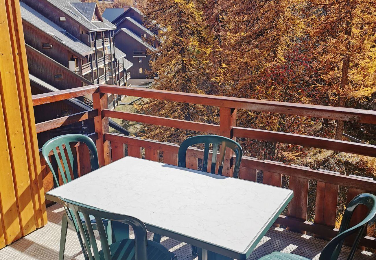 Apartment in Puy-Saint-Vincent - PUY SAINT VINCENT - LE HAMEAU DES ECRINS - 2 PIECES 4 PERS.