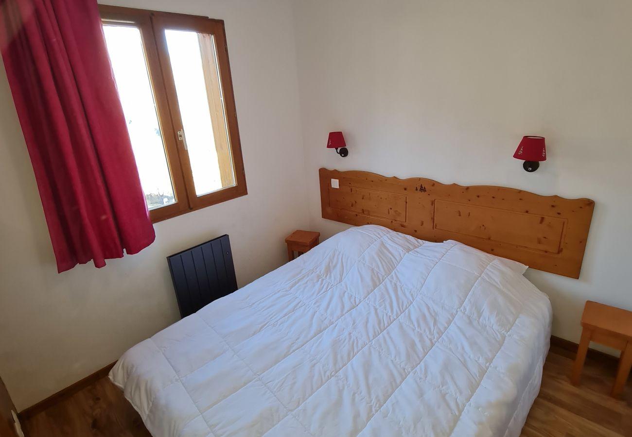 Apartment in Puy-Saint-Vincent - PUY SAINT VINCENT - APPARTEMENT 2 PIECES 6 PERSONNES