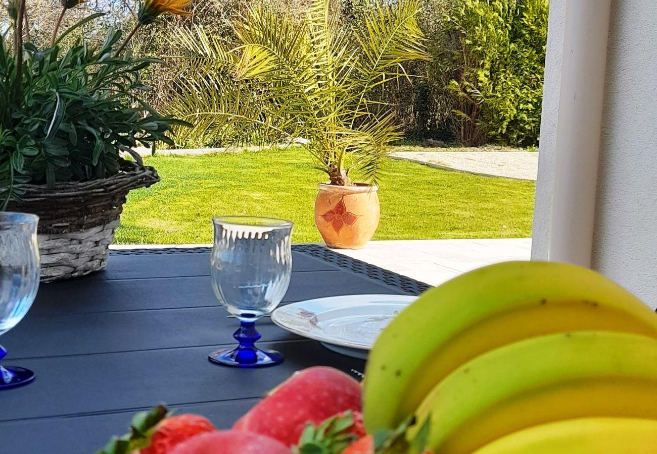 Villa in Meyrargues - MEYRARGUES PROCHE AIX EN PROVENCE- VILLA SANDRINE - 4 PIECES 6 PERSONNES