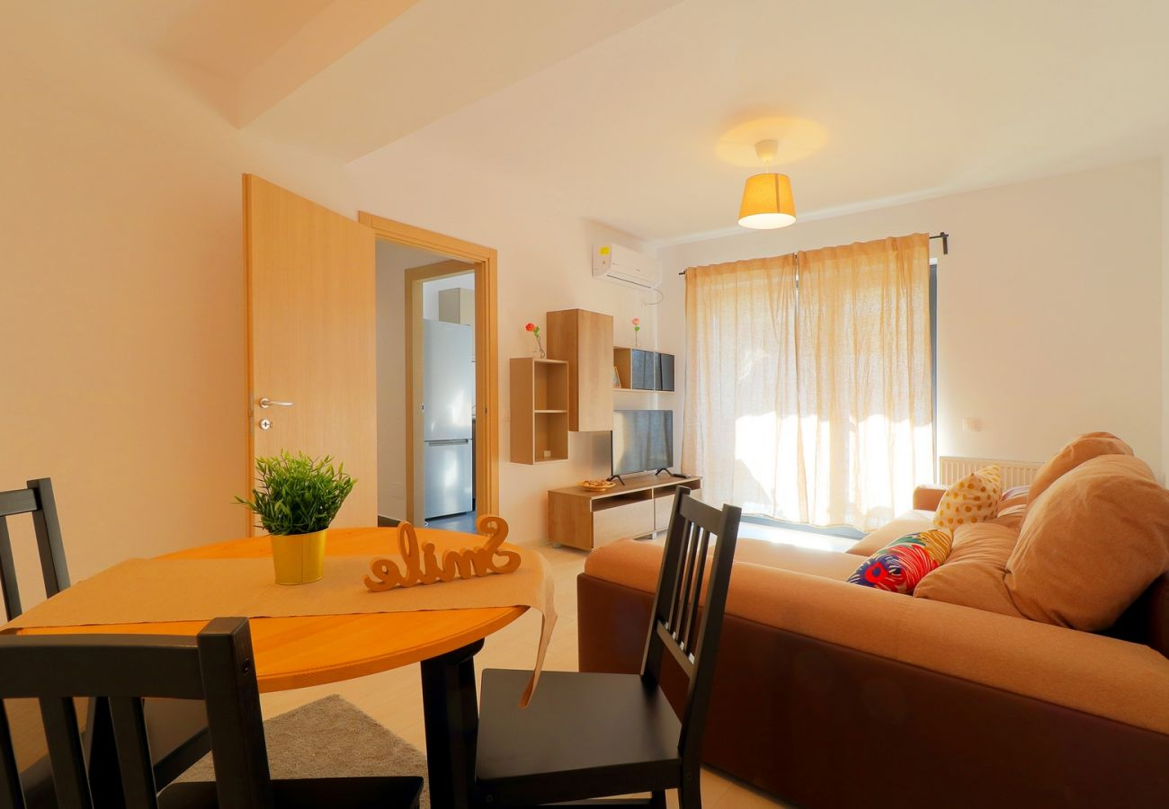 Apartment in Bucharest - Apartment  Maia one Bedroom & Fully kitchen