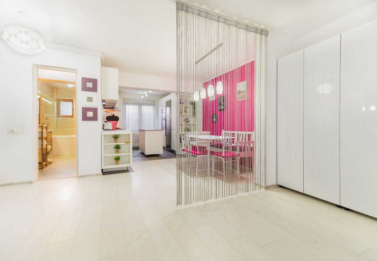 Apartment in Brasov - White Nest in Brasov