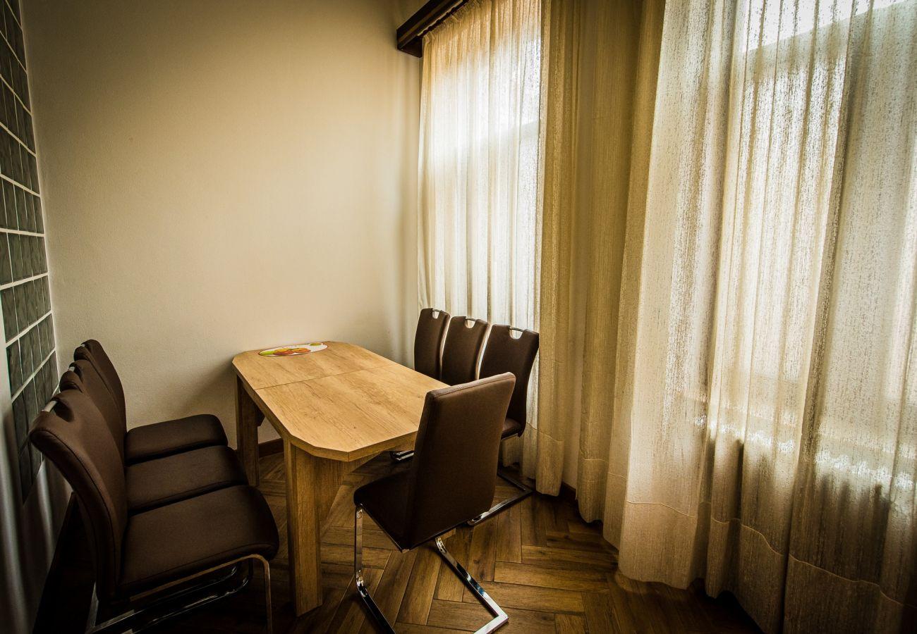 Apartment in Oradea - Downtown Fuchsl Palace in center Oradea