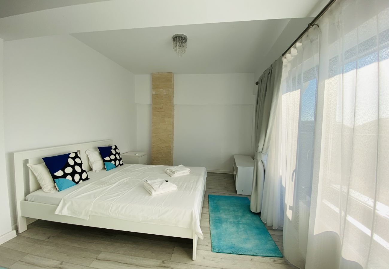 Apartment in Bucharest - Long term stay in modern and well designed 2 bedroom flat
